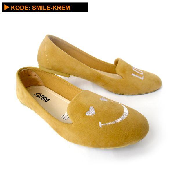 Sepatu flat lucu dan cantik SMILE-KREM adalah sepatu yang bisa dipakai dalam segala keperluan, bahkan umum digunakan sebagai sepatu sehari-hari.      Untuk pakaian, sepatu flat Lucu dan cantik SMILE-KREM initidak pernah memilih jenis pakaian, pakaian ...