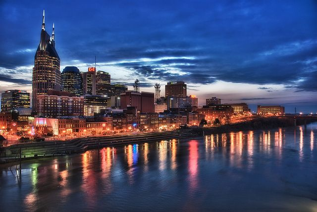 Planning a trip to Nashville, Tennessee? Here is my list of the 5 best things to do in Nashville the next time you visit.