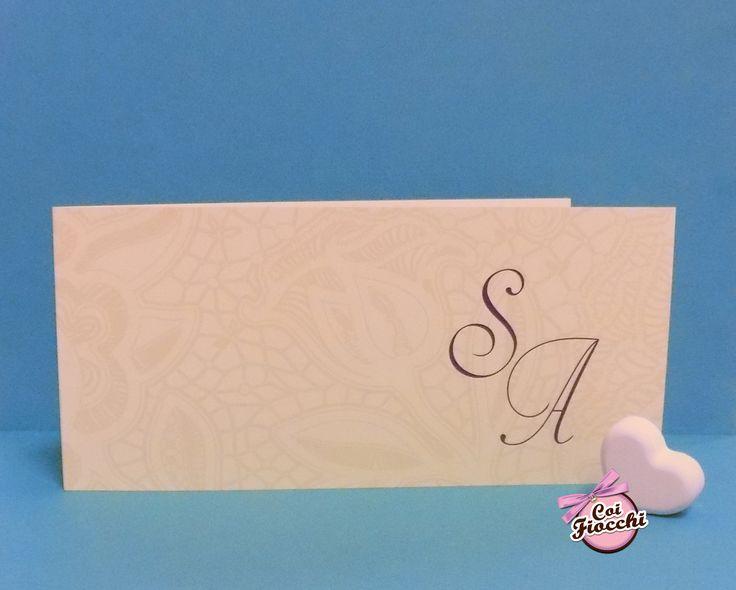 Partecipazione di nozze color avorio con decori in pizzo stampato per i nostri sposi Sebastiano&Angela