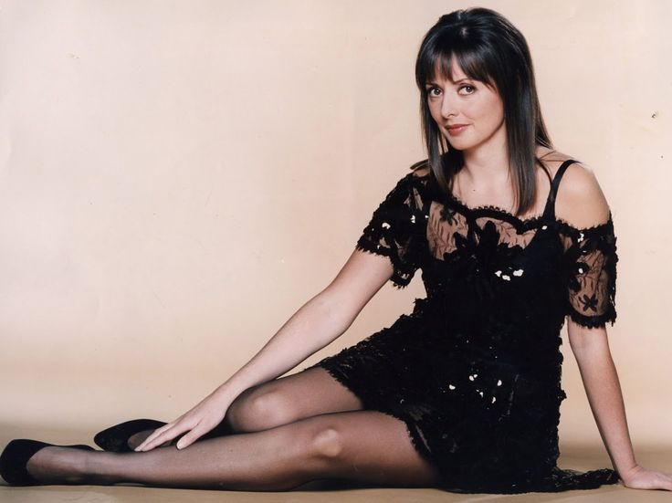Httpsdie2nitewiki Comdemi Moore Pantyhose: 17 Best Images About Celebrities In Nylon Tights