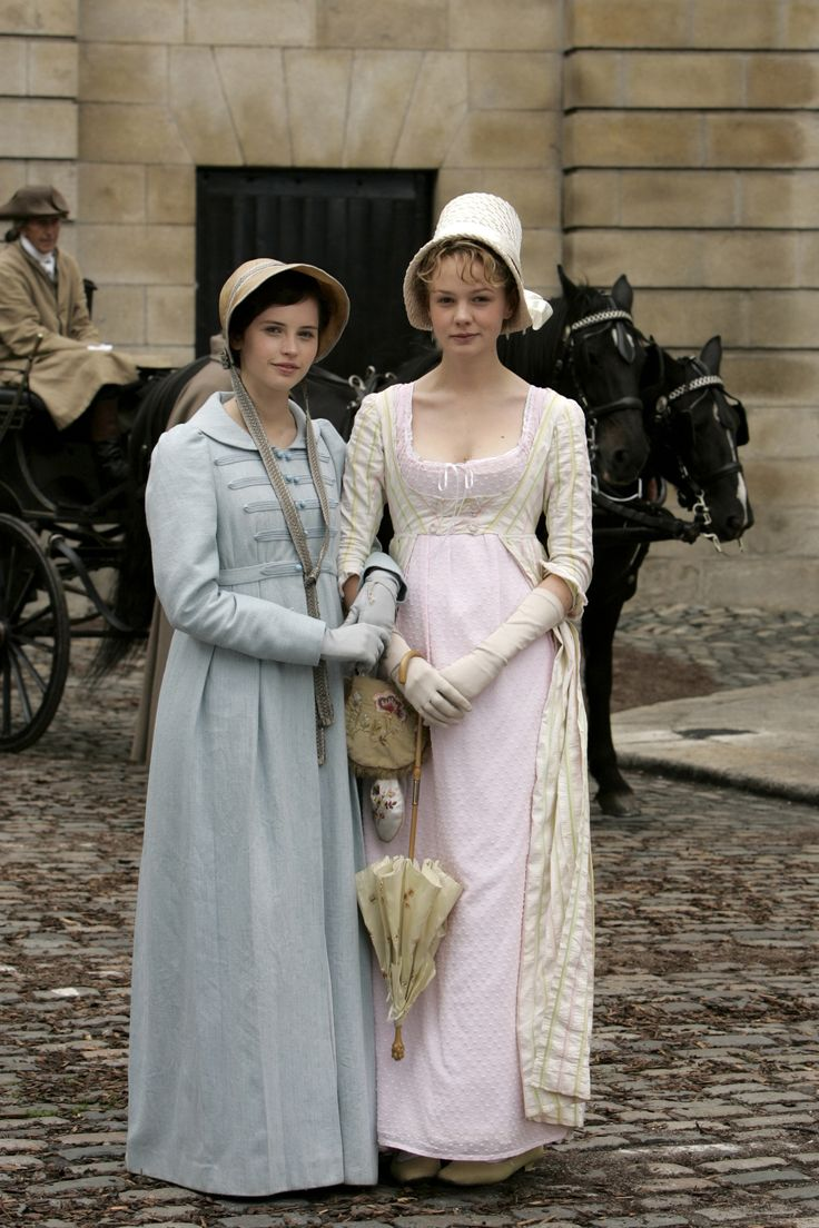 Period dramas are always good hunting ground for the glove lover and this UK TV production of the Jane Austen novel Northanger Abbey proved to be no exception. It featured both Felicity Jones and Carey Mulligan before they were well known and they both wore lovely pale gloves (and bonnets!)  in many of the scenes.