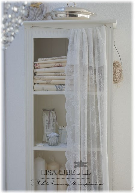 1000+ images about Bedrooms and Lace Curtains on Pinterest   Guest ...