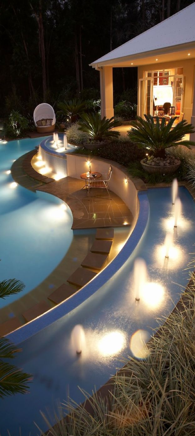 Contemporary luxury home design pool with curves #GrandMansions #LuxuryHomes