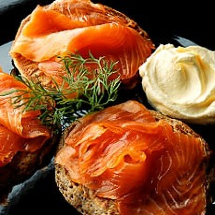 BUCKWHEAT BLINIS WITH SMOKED SALMON, CREME FRAICHE AND DILL