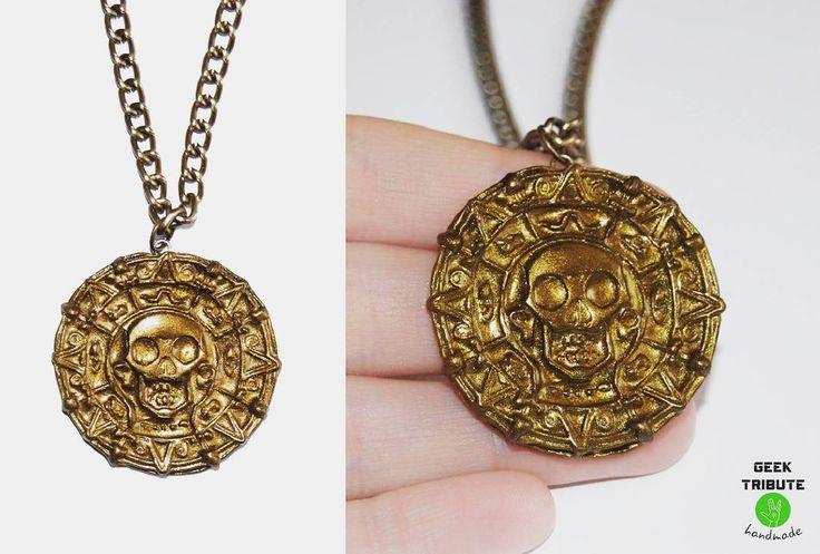 Medallon de oro azteca de #piratasdelcaribe  Disponible ya en la tienda online! Link en bio #geektributehandmade