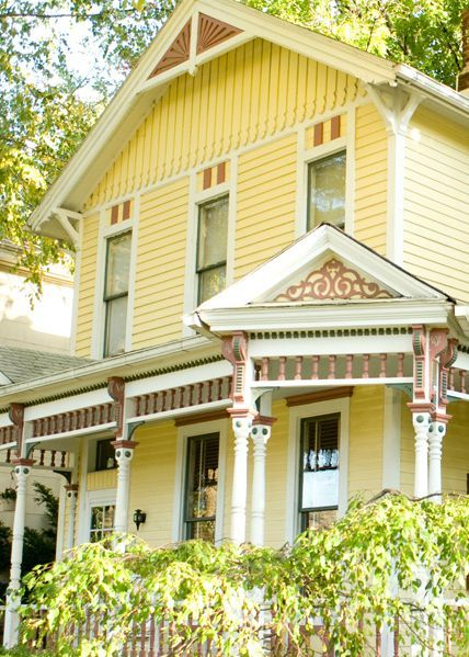 Wondering How To Style Your Historic Home With Help From BEHR Paint? Weu0027ve