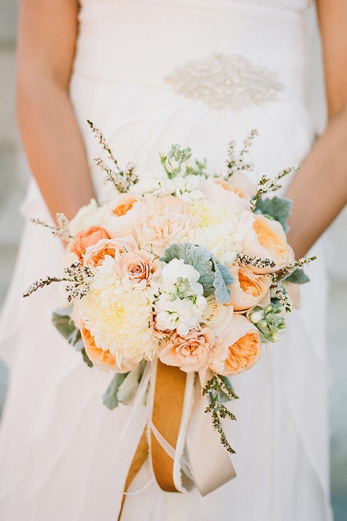 Die besten 25+ Brautstrauß apricot Ideen auf Pinterest - dekoration aus korallfarben ideen