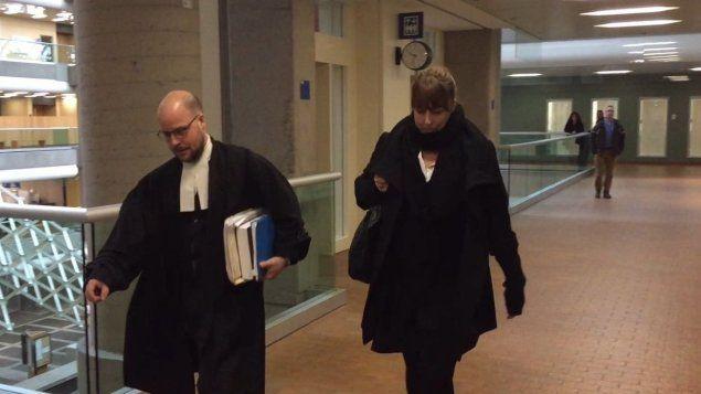 #Une fausse psychologue plaide coupable - ICI.Radio-Canada.ca: ICI.Radio-Canada.ca Une fausse psychologue plaide coupable…