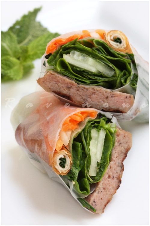 Nem Nuong Cuon Spring Rolls With Grilled Pork Patties Looks Like The Ones They Have Vietnamese