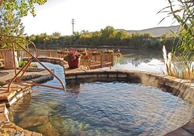 New Mexico tourist attractions: Riverbend Hot Springs