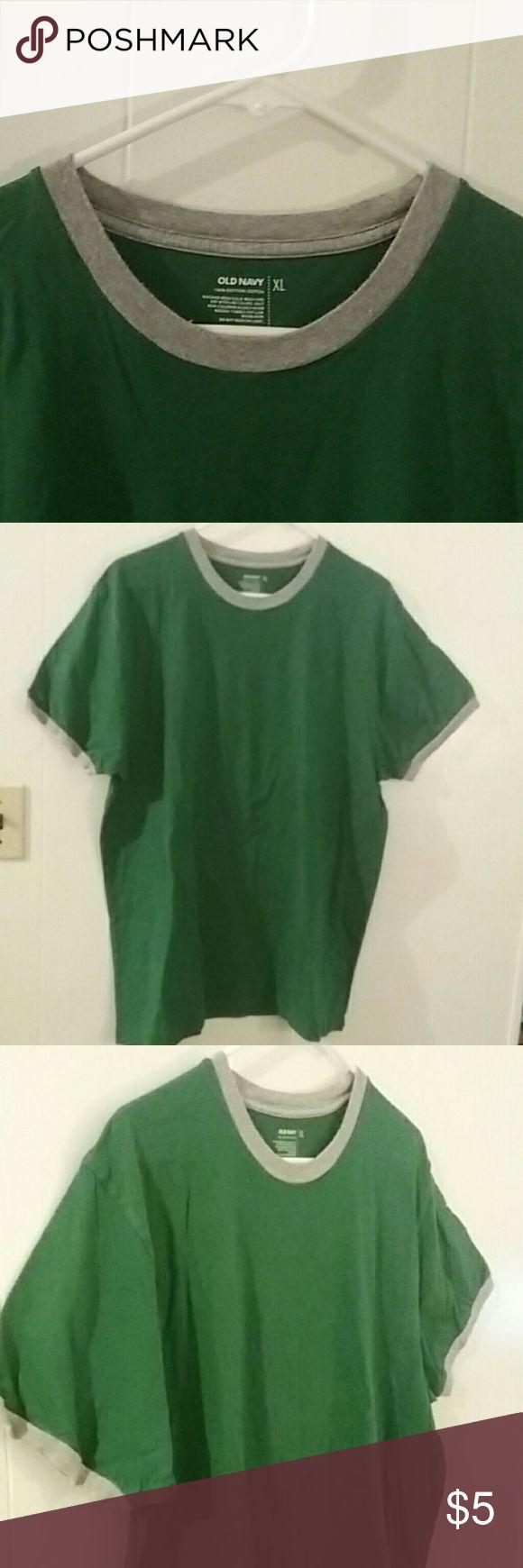 Green Old Navy Tee Dark Green Old Navy short sleeved mens tee//100% cotton// XL. Old Navy Shirts Tees - Short Sleeve