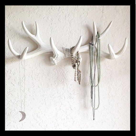 Cerf Faux Antler Mont / / bois mur Rack / / bois mur crochet / / résine décoration murale bois / / bijoux titulaire / / Faux taxidermie