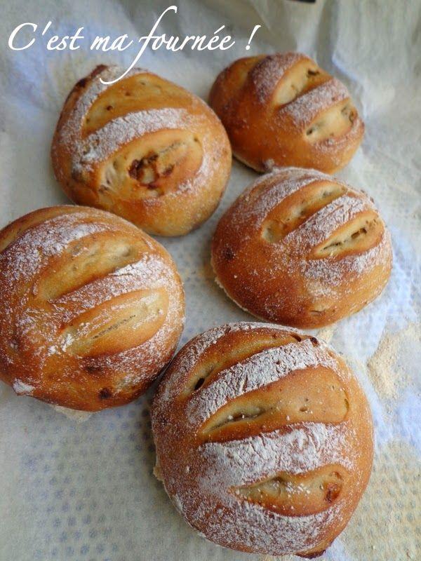 C'est ma fournée !: Petits pains aux figues et aux noix (avec ingrédient magique inside...)