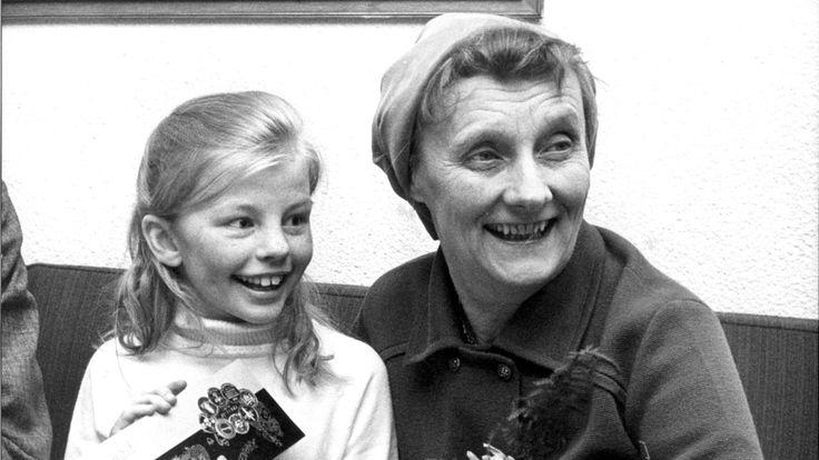 Astrid Lindgren mit der Pippi-Schauspielerin Inger Nilsson 1969