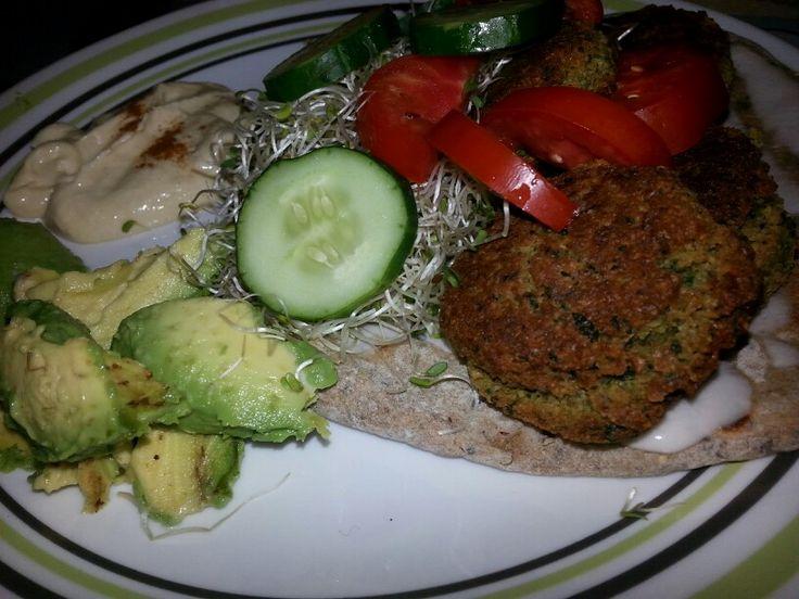 Falafel casero, orgánico, delicioso.