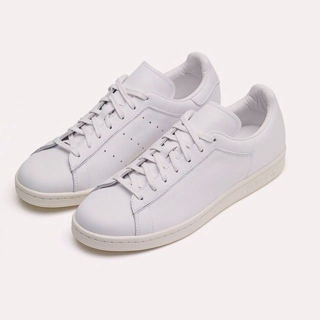 ... Stan Smith is going to come to the top retailers Colette in Paris,  Dover Street Market in London and Barneys in NYC! Still in love with these  shoes ...