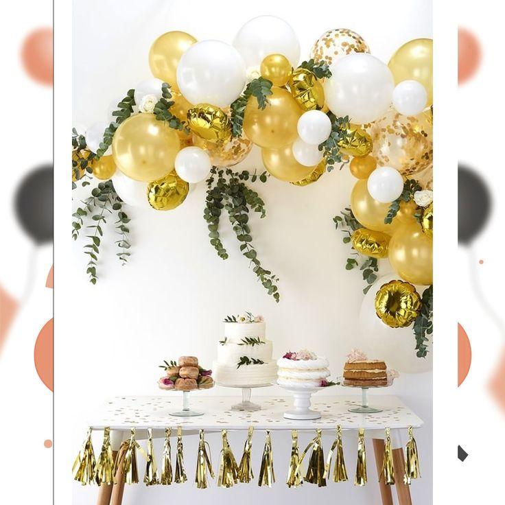 D.I.Y. Deze Hippe Organische Ballonnen slinger (boog) Geweldig als Sweet Table Ballon Decoratie. 📸 @gingerrayuk   #ballonplusnl🎈#diy #babyborrel #babyshower #organicballoons #confettiballoons #gold #gingerray #waarisdatfeestje #youneverforget #ballondecoration #ballonnenboog #ballonnenslinger #sweettabledecor  #party #partysupplies #happybirthday #celebration #balloons  #firstbirthday #beautiful #instabirthday #weddingdeco #weddingballoons #Nieuwegein 