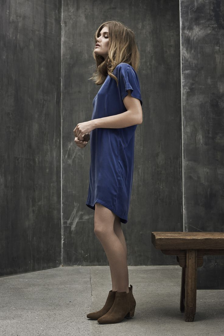 Blue casual dress with a nice loose fit.