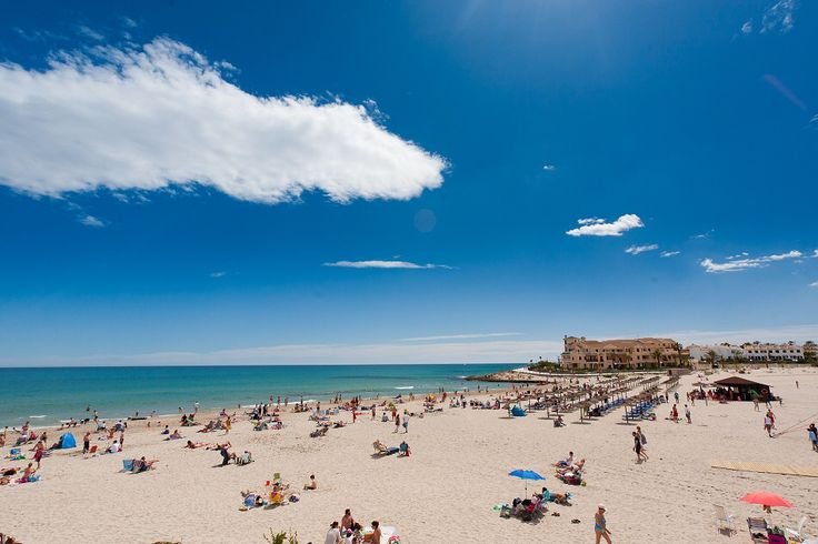 Great short video on the Costa Blanca highlighting some of the many areas we sell homes. Check our page this afternoon as we post some great new properties specific to some of these areas. http://www.spain-holiday.com/costa-blanca  #costablanca #spanishproperty