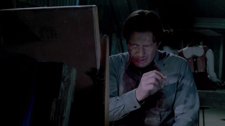 Det. Mark Hoffman stitches face up in Saw VII (Costas Mandylor)