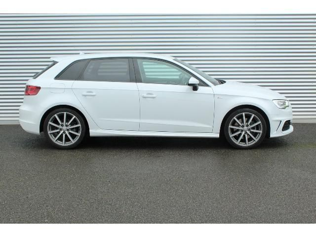 Audi A3 SPORTBACK 2.0 TDI (184 PS) S Line quattro S Tronic 5dr