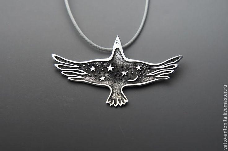 Купить Птица Ночи кулон из серебра со звездами и луной в виде ворона - кулон птица
