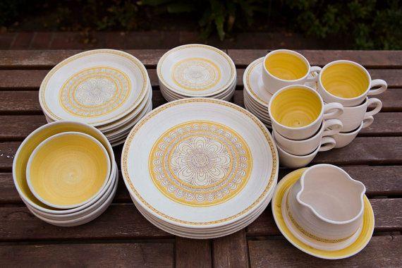 Vintage 40 piece set - 1960u0027s Franciscan Dinnerware - Gold Hacienda & Best 364 dinnerware and kitchenware images on Pinterest | Vintage ...