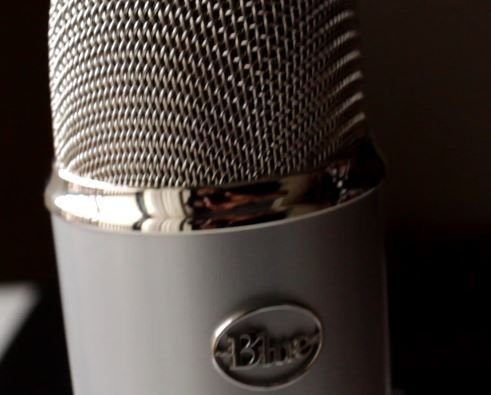 Video Blog: Blue Yeti #Microphone Unboxing + First Impressions - http://www.selenathinkingoutloud.com/2016/01/blue-yeti-microphone-unboxing-first-impressions.html