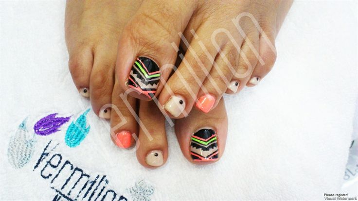Tribal Toes - Nail Art Gallery
