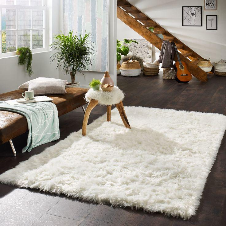 Die besten 25+ weißer Kunstfellteppich Ideen auf Pinterest - teppich wohnzimmer braun