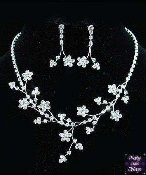 Crystal Flowers Necklace Earrings Set S1040 - prettycutethings.co.za
