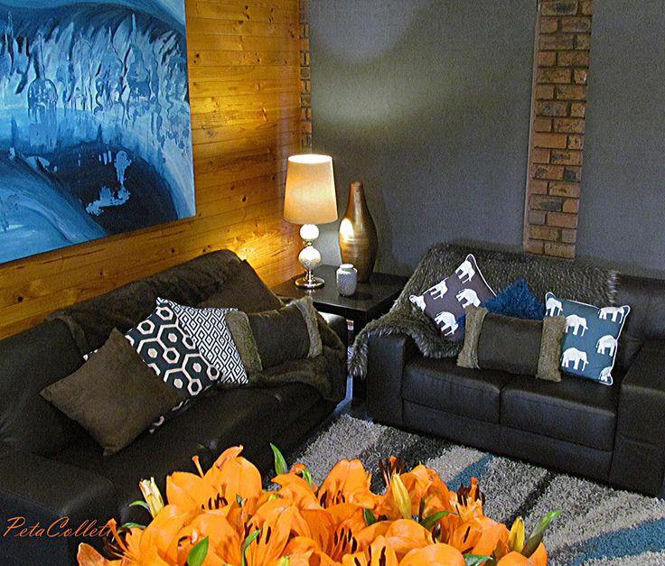 Warm and embracing corners. Styling Peta Collett