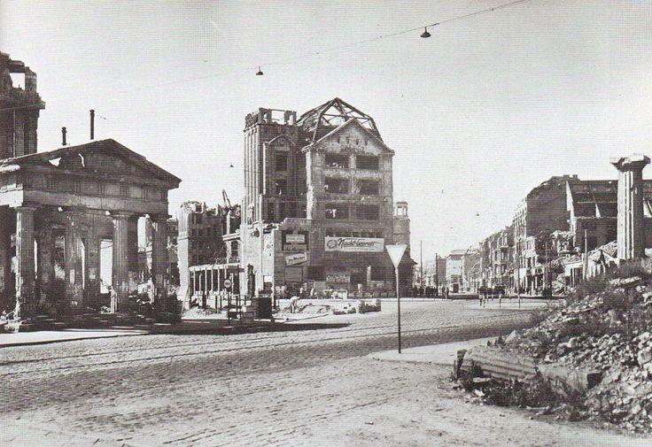 Berlin, Potsdamer Platz, 1947.