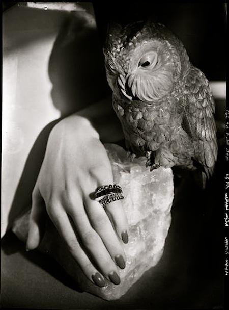 Photo: Francois Kollar. Cartier, 1935. Photo: Francois Kollar S) #hands #owl #nails
