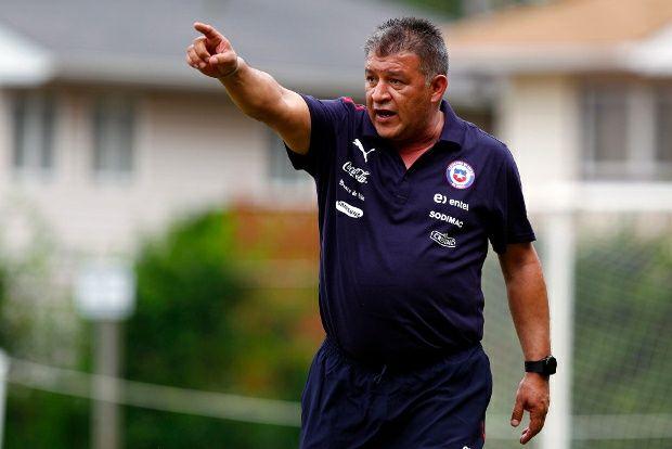 Claudio Borghi sería la opción de Mosa en caso de no renovar a Tito Tapia