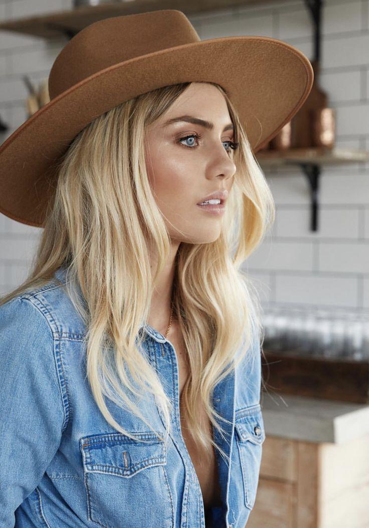 Pin by Natalia Gajardo on Makeup! in 2020 Elyse knowles