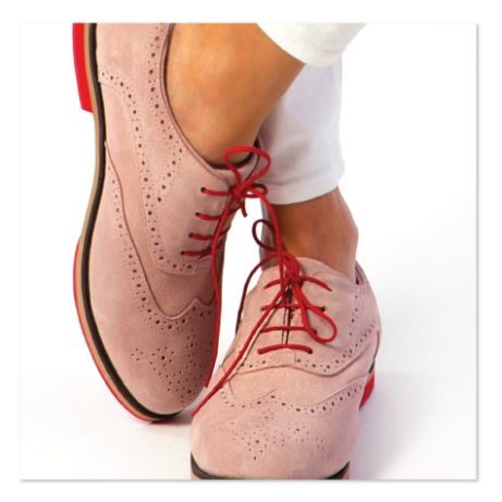 Pink suede Oxford women's walking shoes are stylish & good for golf course or city street. Super comfortable & water repellant. Kilties included. At equiptforplay.com