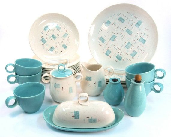 Vernonware Heavenly Days Dinnerware Set / Butter by Retroburgh $89.99  sc 1 st  Pinterest & 164 best Teal turquoise aqua dinnerware images on Pinterest | Dishes ...