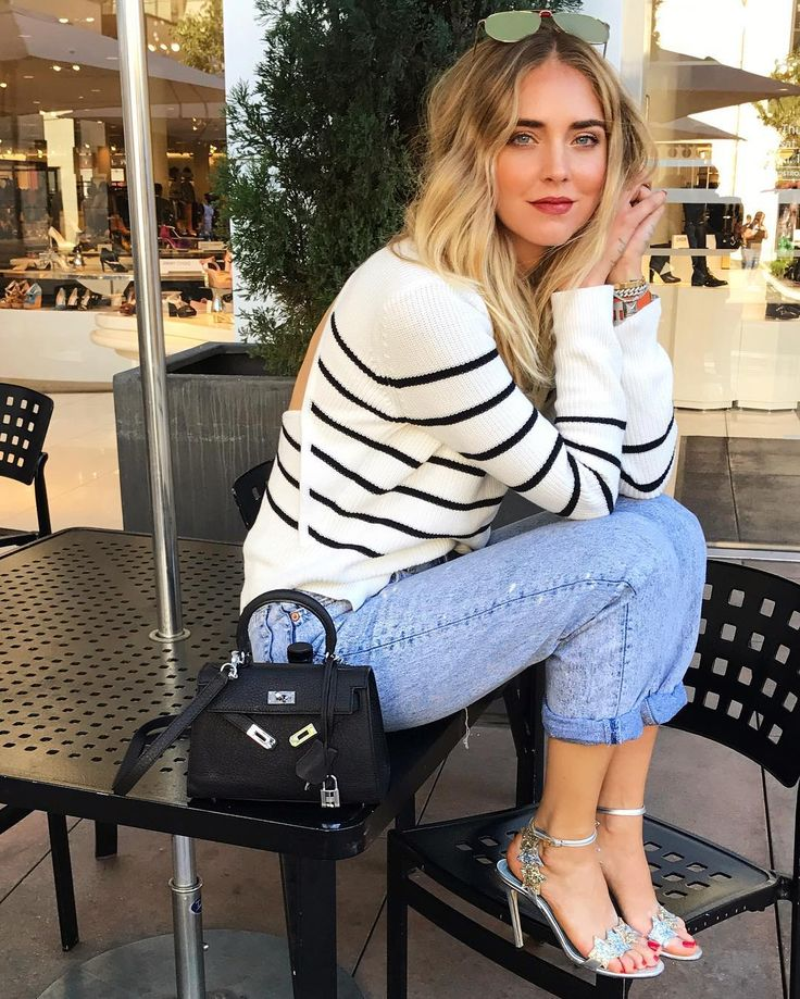 the 25 best chiara ferragni ideas on pinterest embellished dress rock girl style and chiara. Black Bedroom Furniture Sets. Home Design Ideas