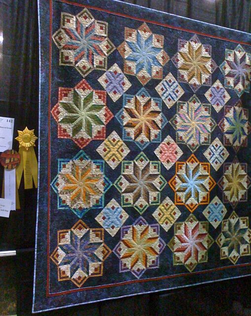 Many cast a vote for their favorite quilt to determine the winner of this award. Description from nelliedurand.blogspot.com. I searched for this on bing.com/images