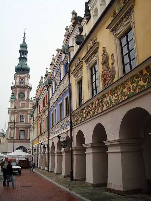 Renaissance buildings in Zamość, Poland (by ika_pol).