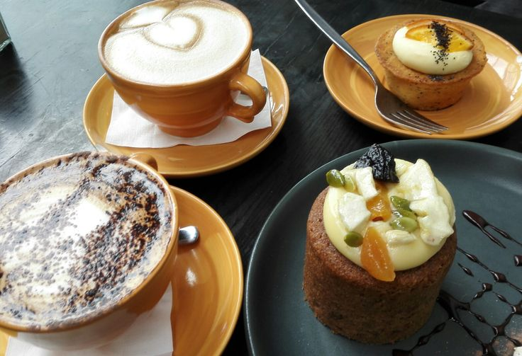 Cibo Della at Highpoint fruits and veg area, enjoying a freshly brewed cuppa with flavorless  cake with work mate Julia! :-)