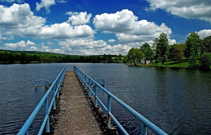 Fast noch im Saarland  ...  und in der Region sowieso. Saarlandbesucher sollten sich mal auch Kell am See anschauen. Von Wadrill oder Nonnweiler aus, ist es nur eun Katzensprung. :-)