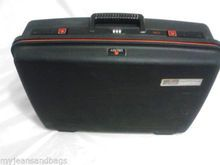 """Vintage DELSEY Club Paris, Travel Suitcase, Hard Shell , Made In France, 22"""" - JEANS AND BAGS"""