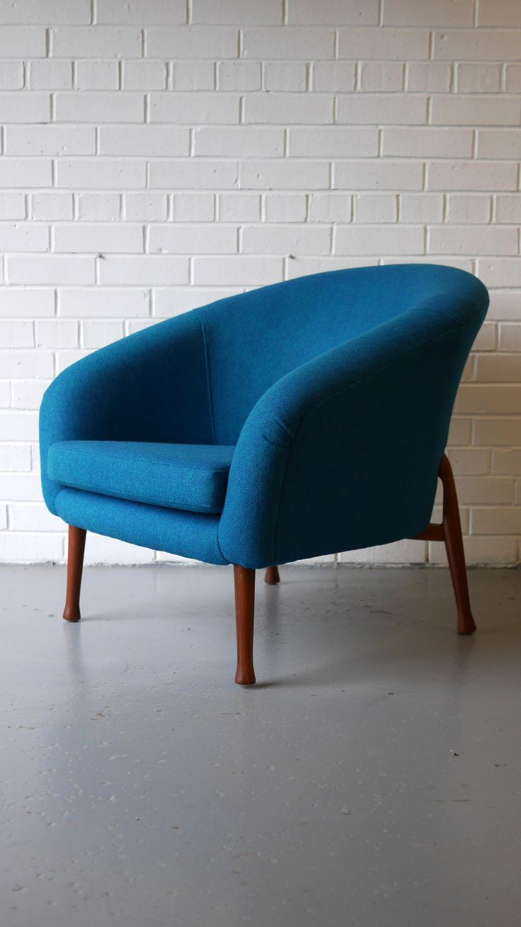 Guy Rogers 'Frisco Bay' Teal Blue Armchair