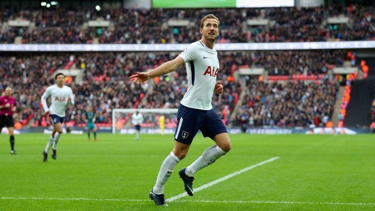 Kane scores hat trick, sets Premier League record as Spurs rout Saints