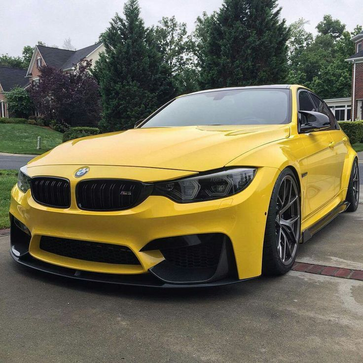 BMW F80 M3 yellow