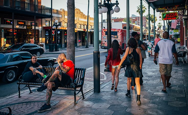 The Coolist Shows lifestyle, editorial style photography Ybor City Cigar Capitol - 7th Street Dusk-42