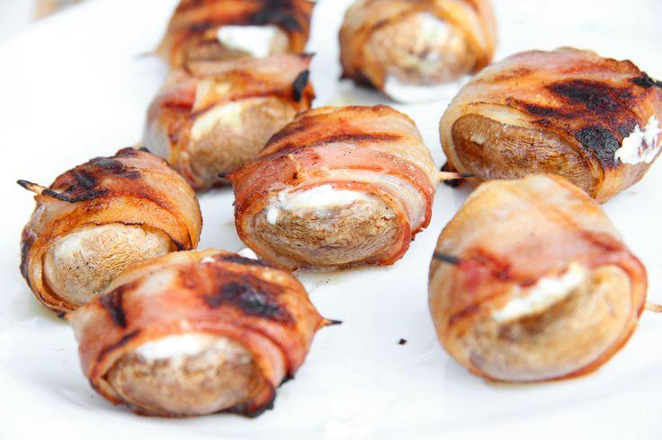 Grillezet-töltött gombafejek recept: Ez a recept egyszerűen őrült jó! Próbáld ki te is a következő grillparty-n! A vendégeid isteníteni fognak! :) Előételnek is kivál, de csak magában is meg lehet enni belőle egy csomót, olyan finom!
