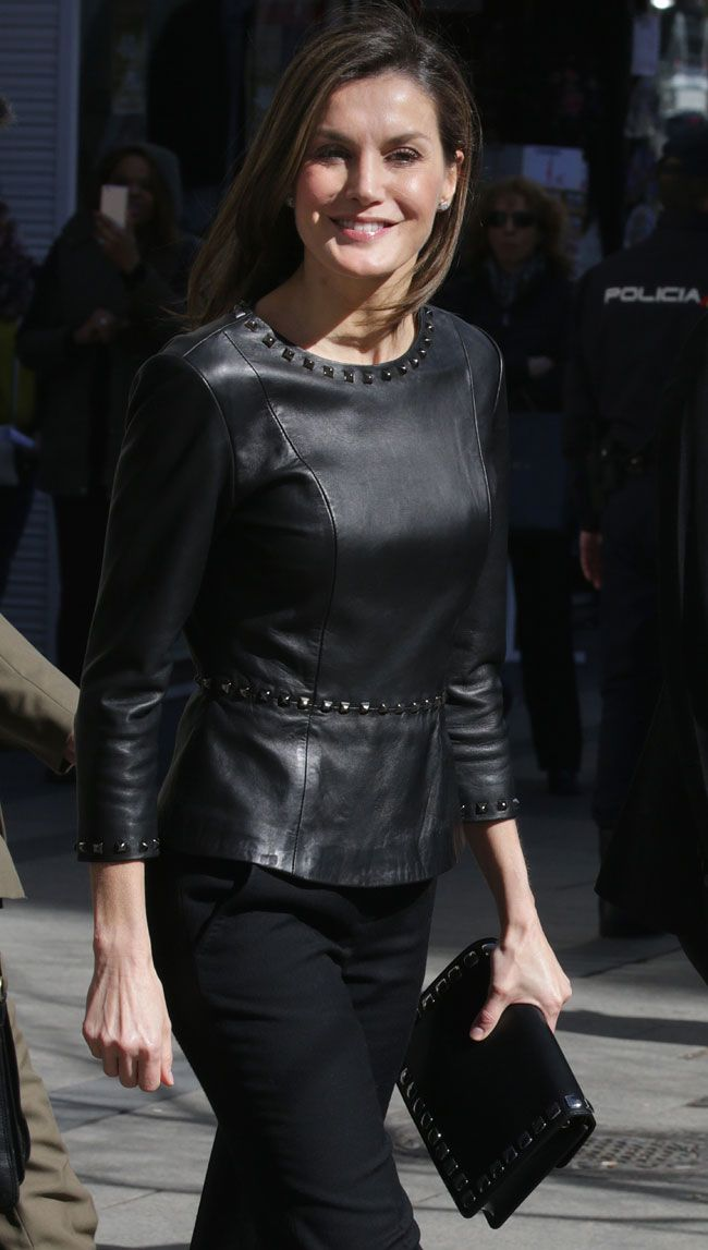 21 February 2018 - Queen Letizia attends a meeting on Gender Based Violence (GBV) in Madrid - coat by Hugo Boss, blouse and clutch by Uterque